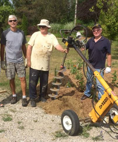 bgoss-diggin-post-holes-july-6-2016
